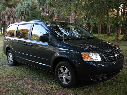 2008 Dodge Grand Caravan side front